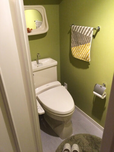 やっと決定しました~!トイレの鏡